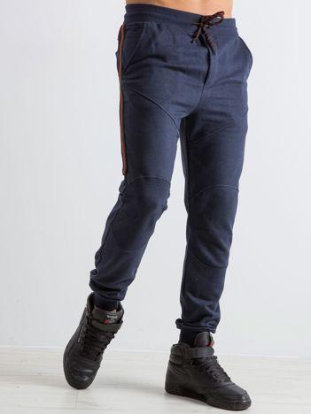 Granatowe męskie dresy Simplicity