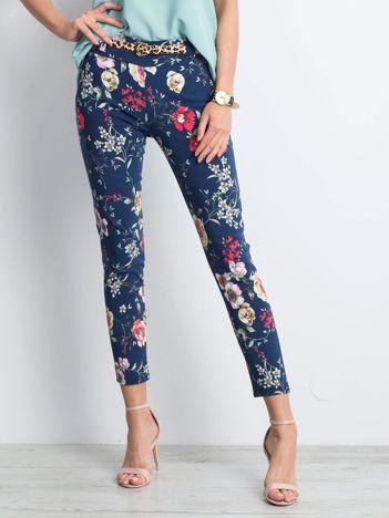 3cb561e83e Granatowe spodnie Flowery