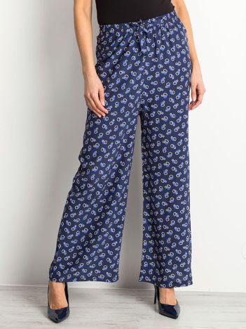 Granatowe spodnie Misfit