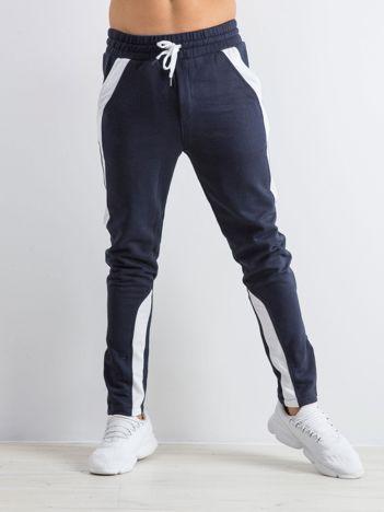 Granatowe spodnie dresowe męskie Durable