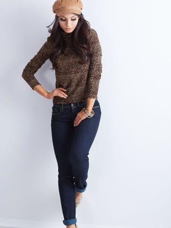 Granatowe spodnie jeansowe z prostą nogawką