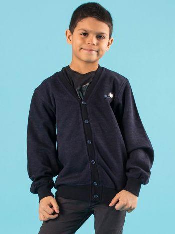 Granatowy rozpinany sweter chłopięcy