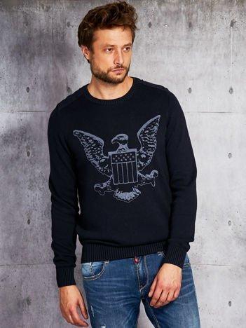 Granatowy sweter męski z orłem