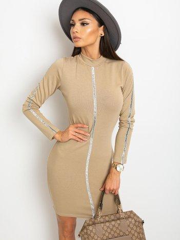 Jasnokawowa sukienka Monique