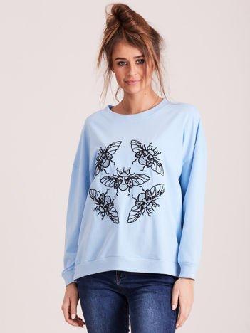 Jasnoniebieska bluza z motywem owadów