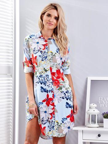 Jasnoniebieska koszulowa sukienka w kolorowe kwiaty