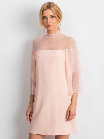 Jasnoróżowa sukienka Modern