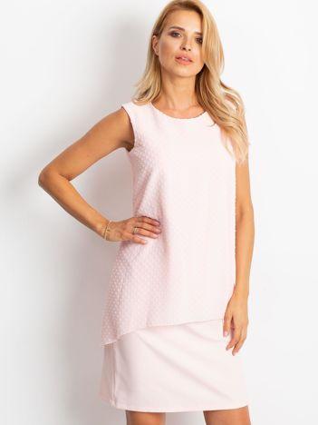 Jasnoróżowa sukienka Suve