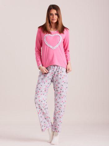 Jasnoróżowa wzorzysta piżama damska