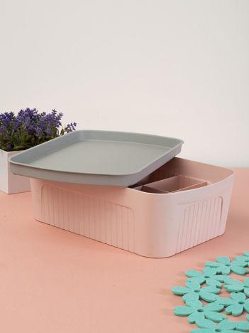 Jasnoróżowe pastelowe pudełko z pokrywką