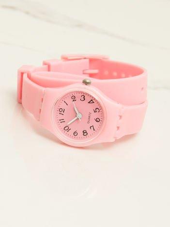 Jasnoróżowy mały silikonowy zegarek damski owijany wokół nadgarstka