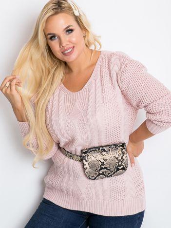 Jasnoróżowy sweter plus size Latte