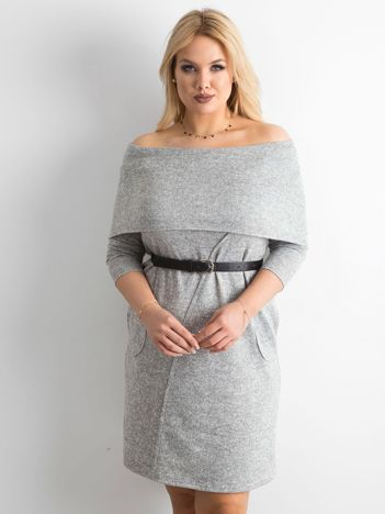 Jasnoszara sukienka plus size