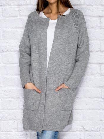 Jasnoszary otwarty wełniany sweter