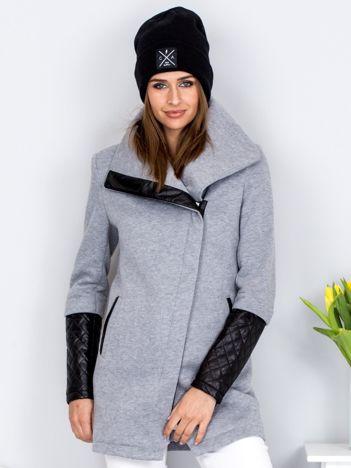 Jasnoszary płaszcz dresowy z pikowanymi rękawami