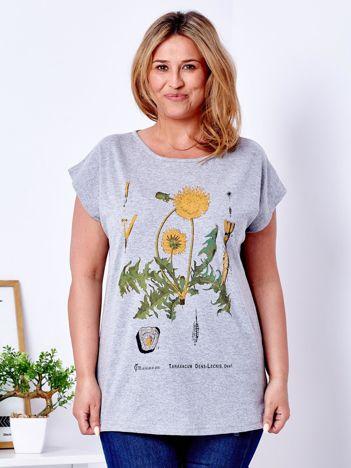 Jasnoszary t-shirt z motywem kwiatu mniszka PLUS SIZE