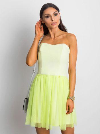 Jasnozielona sukienka bez ramiączek z tiulem