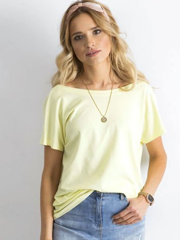 Jasnożółty t-shirt z dekoltem na plecach