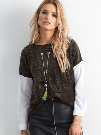 Khaki bluzka z naszyjnikiem