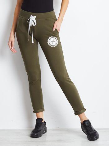 Khaki damskie spodnie dresowe z troczkami
