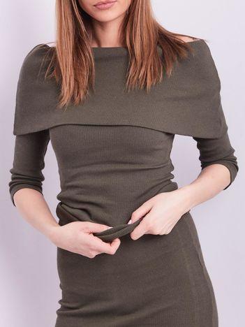 Khaki dopasowana bluzka w prążek z odkrytymi ramionami