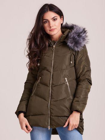 Khaki kurtka zimowa z kapturem i futerkiem