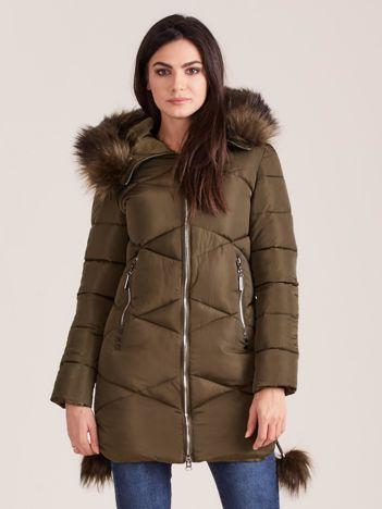 Khaki pikowana kurtka z futerkiem