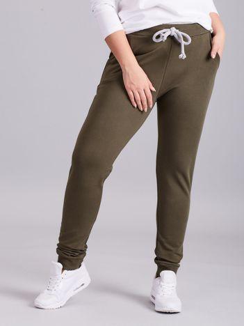 Khaki spodnie dresowe PLUS SIZE