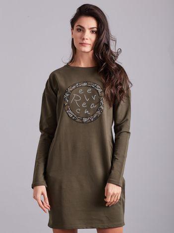 Khaki sukienka damska z aplikacją