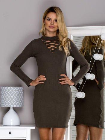 Khaki sukienka w prążek ze sznurowaniem