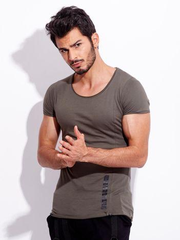 Khaki t-shirt dla mężczyzny z nadrukiem