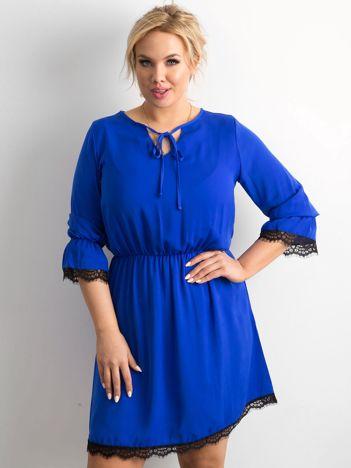 Kobaltowa luźna sukienka PLUS SIZE