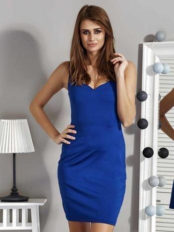 Kobaltowa sukienka z dekoltem serce