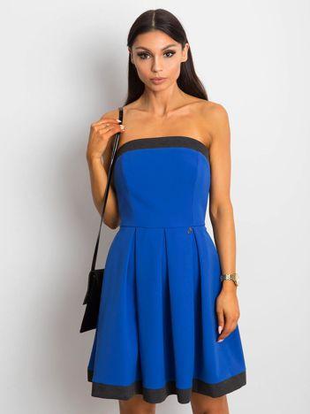 Kobaltowa sukienka z kontrastową lamówką