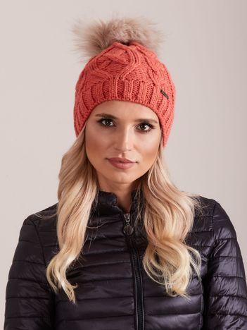 Koralowa czapka zimowa damska