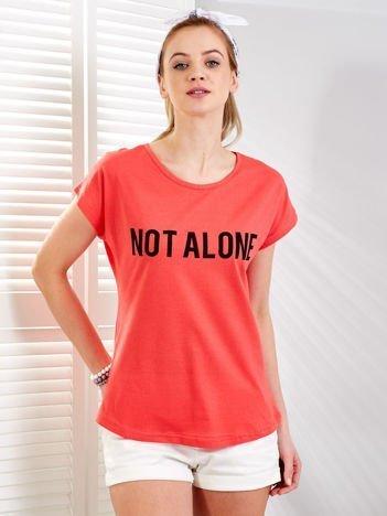 Koralowy t-shirt NOT ALONE