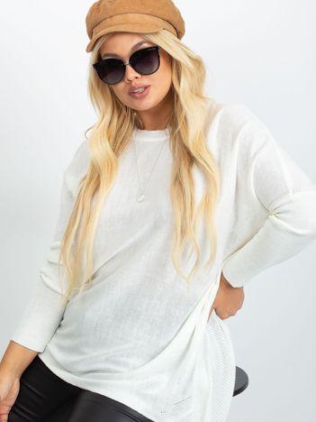Kremowy sweter plus size Ester