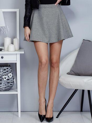 Krótka rozkloszowana spódnica w drobny wzór czarna