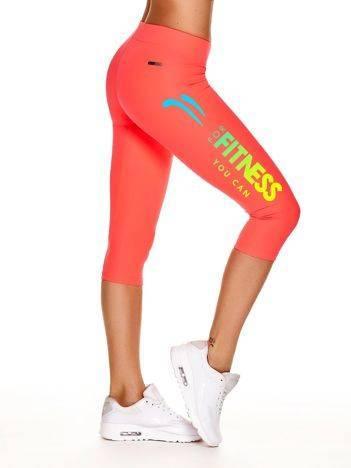 Krótkie legginsy na siłownięz napisem FOR FITNESS fluoróżowe