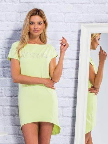 Limonkowa sukienka dresowa z biżuteryjnym napisem