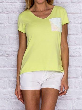 Limonkowy t-shirt z cekinową kieszonką