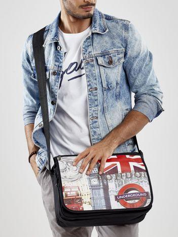 Materiałowa czarna torba męska z motywem Londynu