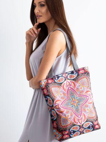 Materiałowa torba w orientalne wzory