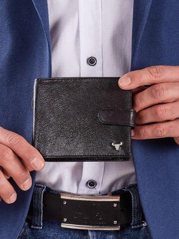Męski czarny portfel z zapięciem