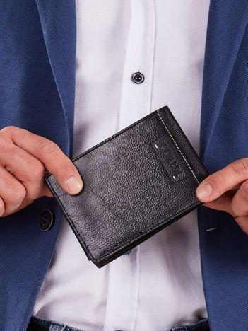 Miękki męski czarny portfel
