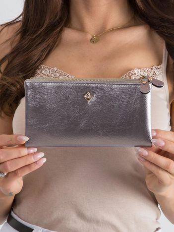 Miękki portfel srebrny