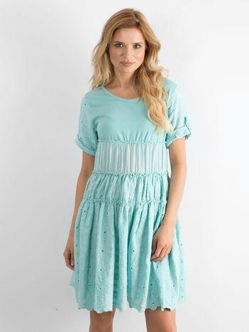 a1ead9ed13 Modne i tanie sukienki rozkloszowane są online w sklepie eButik.pl!