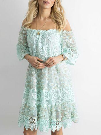 Miętowa sukienka hiszpanka z koronką
