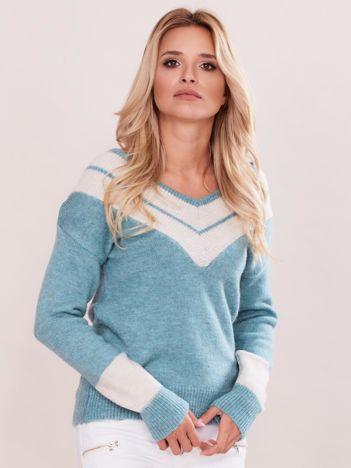 Miętowy sweter z dekoltem w serek