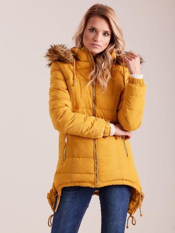 Musztardowa asymetryczna kurtka na zimę